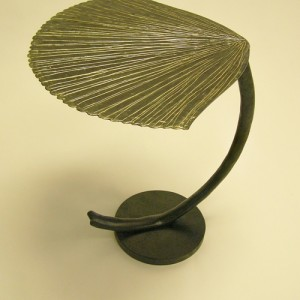 Black Leaf Table
